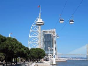 Westeuropa-Landausflüge: Das Stadtbild von Lissabon wurde Rahmen der Expo 1998 stark modernisiert