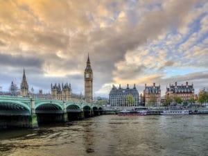 Westeuropa-Landausflüge: Blick auf Big Ben und Innenstadt von London