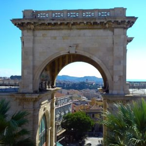 Landausflug in Cagliari: Stadtlandschaft in Cagliari
